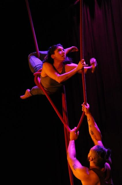 Acrobats in Acrobatic Conundrum's Love & Gravity Photo by Eric Gillet